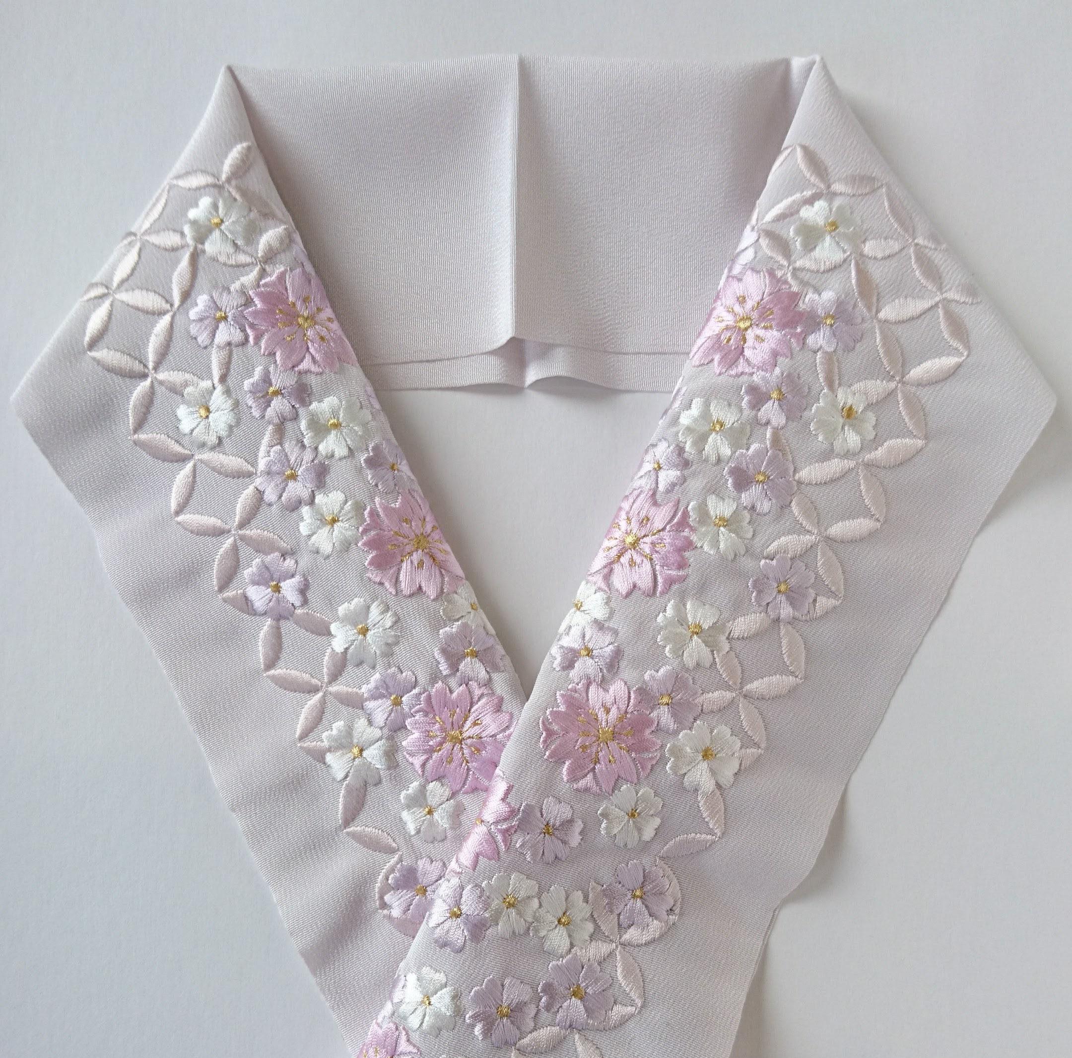 刺繍半衿 七宝に桜 薄紫