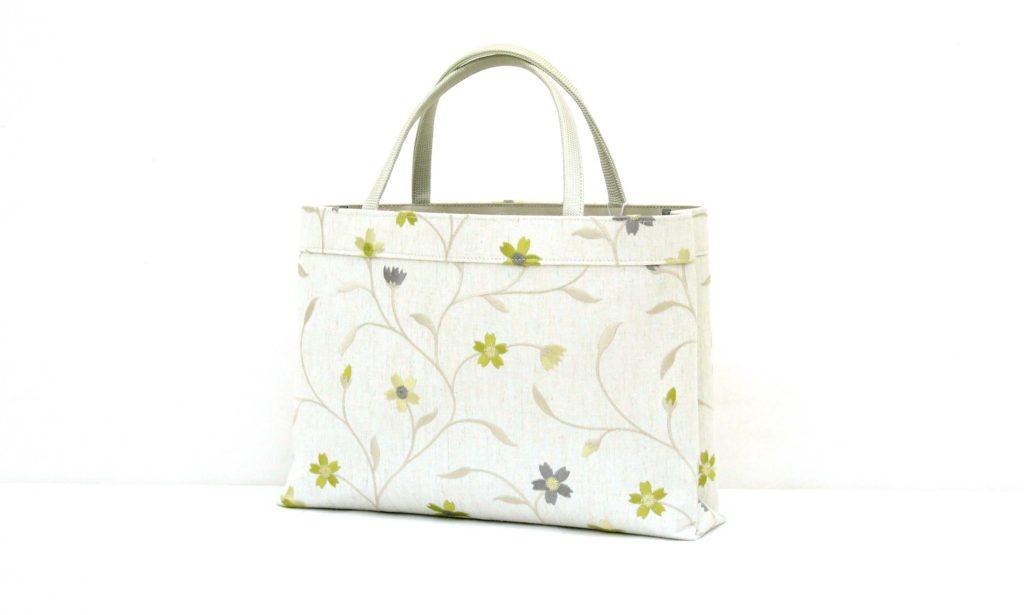 トートバッグ A4 ママトート 刺繍 花柄