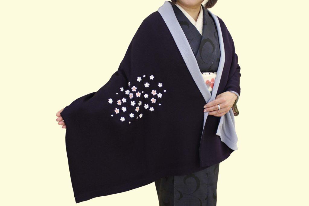 桜刺繍ショール紫前