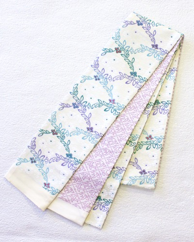 半幅帯 白地小花柄ピンク千鳥 リバーシブル