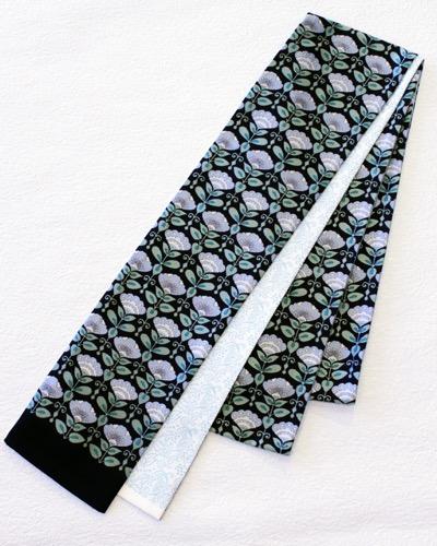 半幅帯 黒花柄とブルーの唐草 リバーシブル